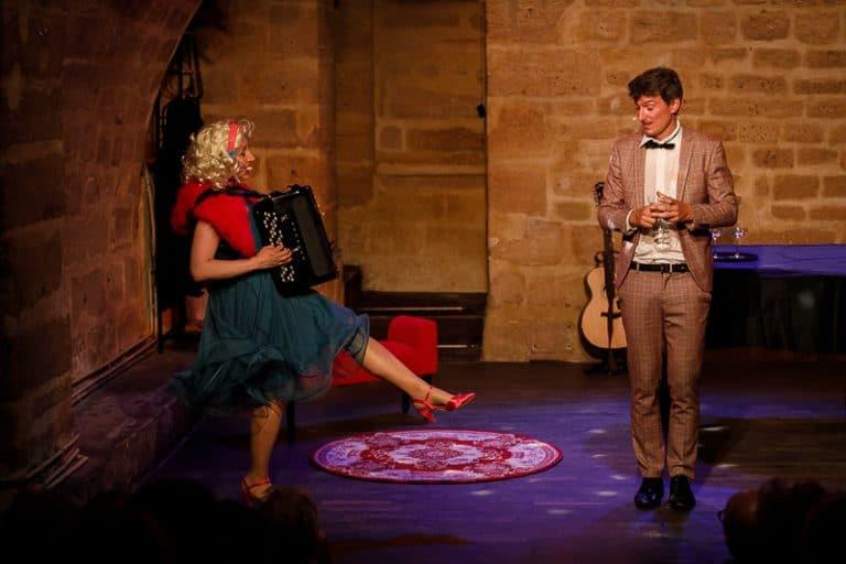 Marguerite et Léon dans Comme t'étais